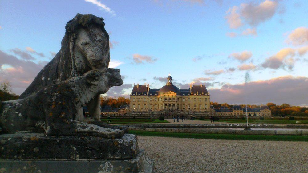 Lion statue at Vaux le Vicomte