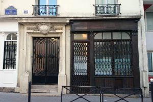 Paris shopfront